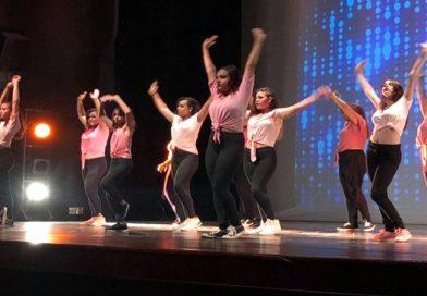 Praça Toledo Barros em Limeira recebe apresentações de dança